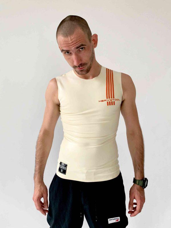 Rubber, Latex Sleeveless in Weiß, slim fit geschnitten, oranges Logo. Herren, Jungs, Kerle